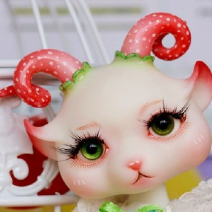 Strawberry's faceup