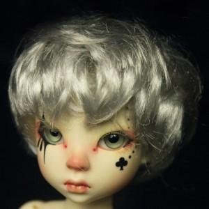 Honey's wig