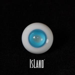 HeJin's eyes