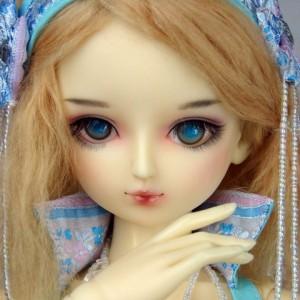Aurora's faceup
