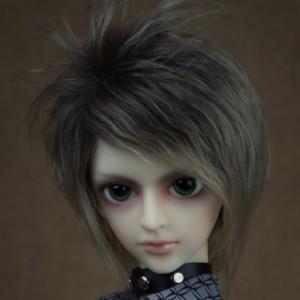 Nolan's wigs
